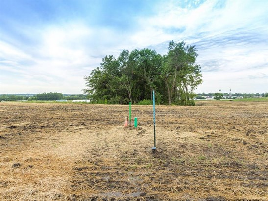 Cross Property - Granger, IA (photo 1)