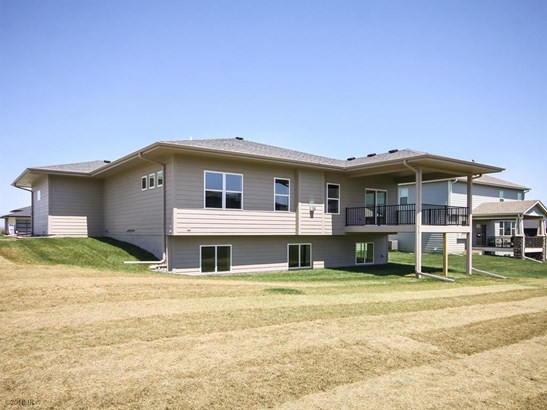 Residential, Ranch - Norwalk, IA (photo 2)
