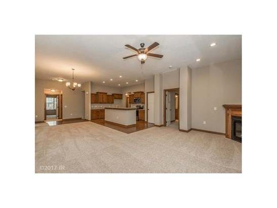 Ranch, Condo-Townhome - Des Moines, IA (photo 2)
