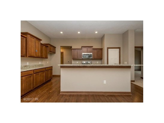 Ranch, Condo-Townhome - Des Moines, IA (photo 3)