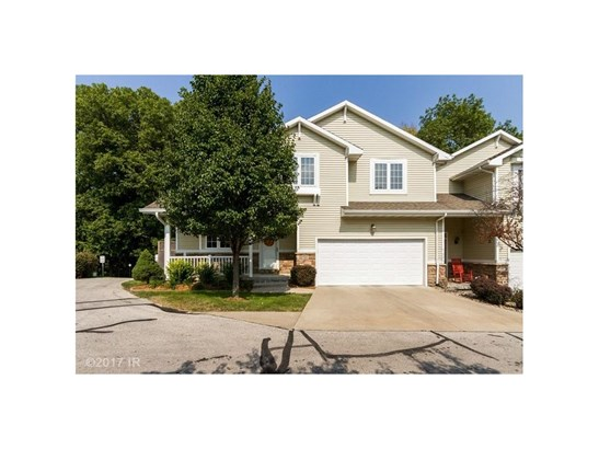 1.5 Story, Condo-Townhome - Des Moines, IA (photo 1)