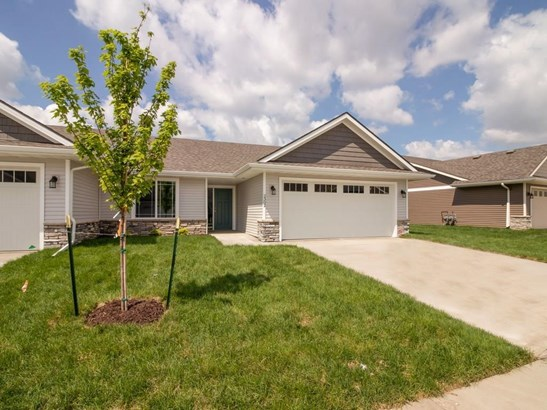 Ranch, Condo-Townhome - Des Moines, IA (photo 1)