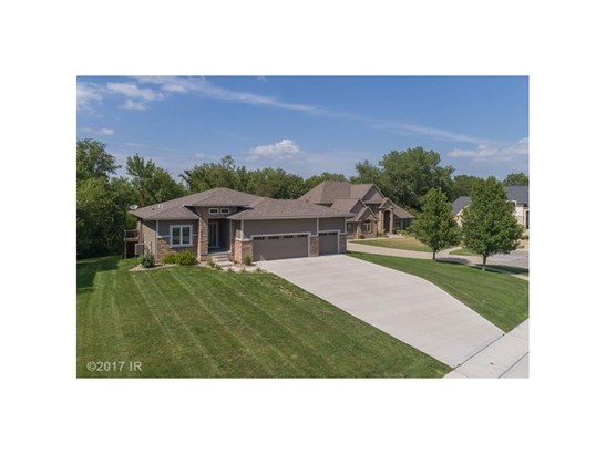 Residential, Ranch - Johnston, IA (photo 1)