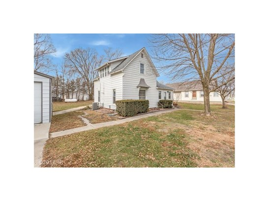 1.5 Story, Residential - Prole, IA (photo 2)