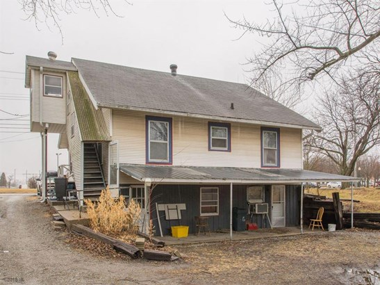 1.5 Story, Cross Property - Newton, IA (photo 3)