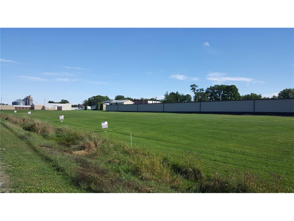 Commercial Lot - Newhall, IA (photo 1)