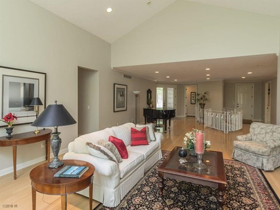 Ranch, Condo-Townhome - West Des Moines, IA (photo 4)