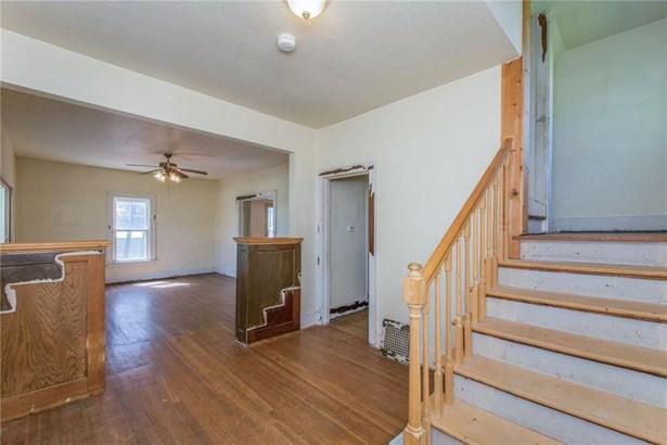 Residential, Two Story - Van Meter, IA (photo 3)