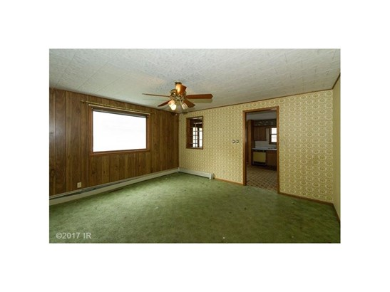 1.5 Story, Residential - Perry, IA (photo 5)