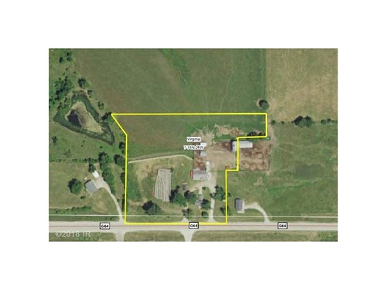 1.5 Story, Acreages - New Virginia, IA (photo 2)