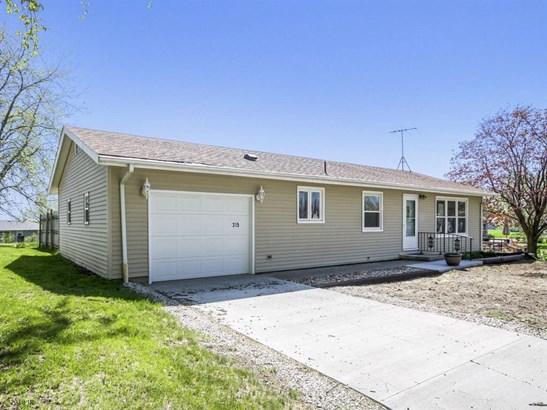 Residential, Ranch - Stuart, IA (photo 1)