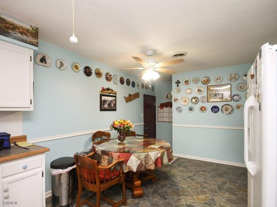 Residential, Ranch - Redfield, IA (photo 4)