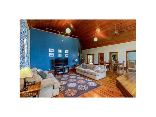 Residential, Ranch-Raised - Minburn, IA (photo 3)