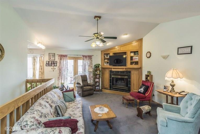 Residential, Ranch - Earlham, IA (photo 2)