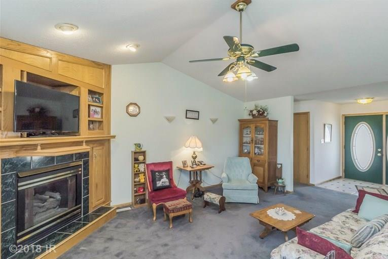 Residential, Ranch - Earlham, IA (photo 3)