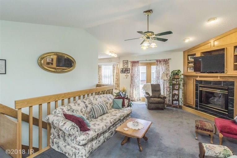 Residential, Ranch - Earlham, IA (photo 4)