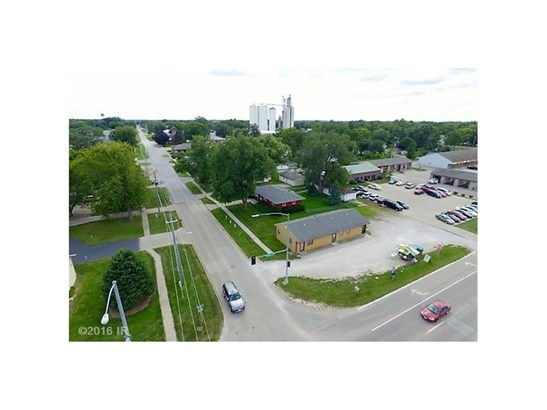 Cross Property - Waukee, IA (photo 4)
