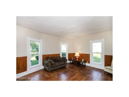 1.5 Story, Residential - Pleasantville, IA (photo 2)