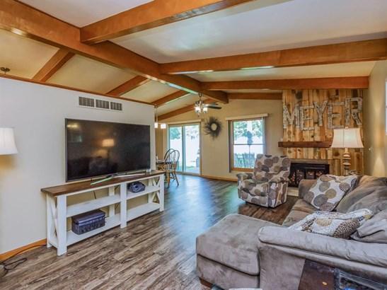 Ranch, Single Family - Van Horne, IA (photo 4)