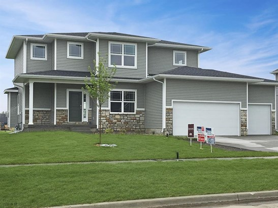 Residential, Two Story - West Des Moines, IA (photo 1)