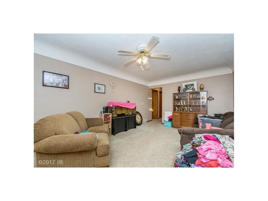 Residential, Ranch - Carlisle, IA (photo 3)