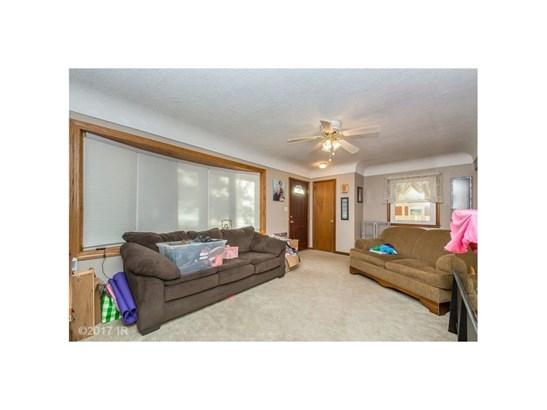 Residential, Ranch - Carlisle, IA (photo 4)