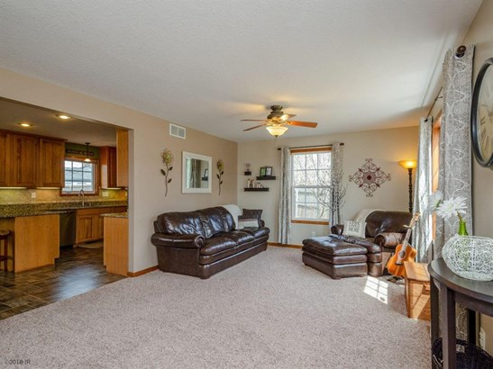 Residential, Two Story - Pleasant Hill, IA (photo 3)
