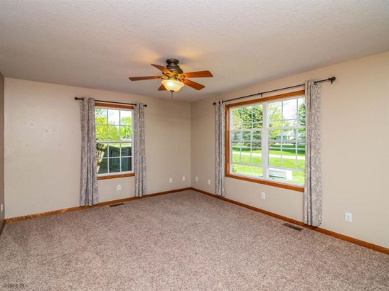 Residential, Two Story - Pleasant Hill, IA (photo 4)
