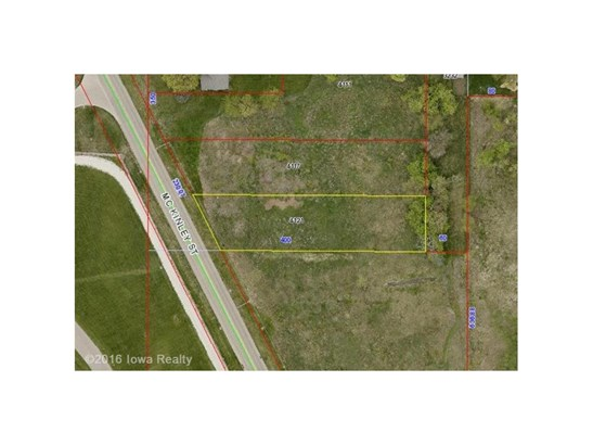 Cross Property - Des Moines, IA (photo 4)