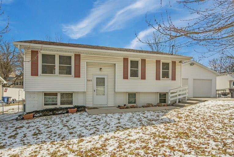 Split Level, Residential - Des Moines, IA (photo 1)