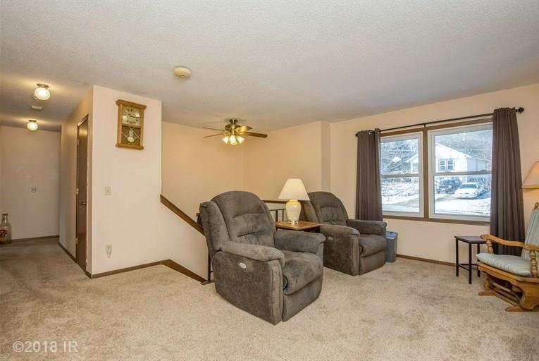 Split Level, Residential - Des Moines, IA (photo 3)