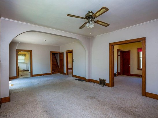 Residential, Bungalow - Boone, IA (photo 4)