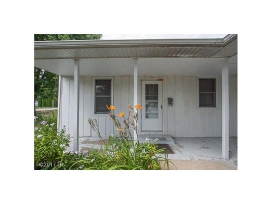 Bi-Attached, Cross Property - Boone, IA (photo 2)