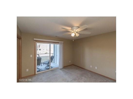 Condo-Townhome, Apartment Style - Urbandale, IA (photo 4)