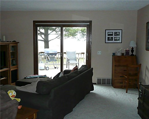 Split Level, Residential - Knoxville, IA (photo 4)