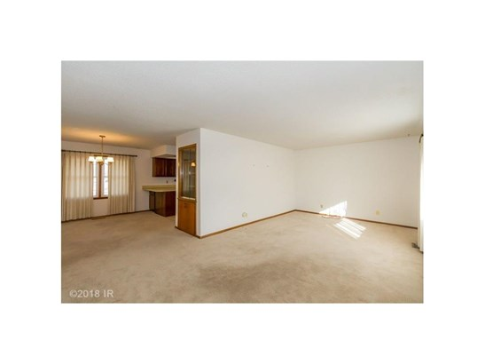 Residential, Ranch - Mitchellville, IA (photo 3)