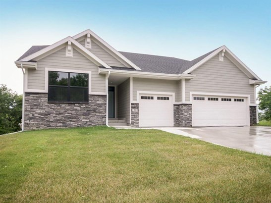 Residential, Ranch - Indianola, IA (photo 2)
