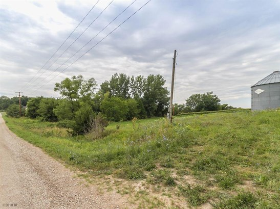 Cross Property - Woodward, IA (photo 2)