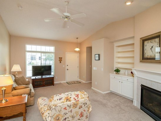 Ranch, Condo-Townhome - Des Moines, IA (photo 4)