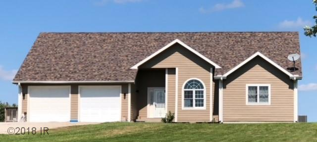 Acreages, Ranch - St Charles, IA