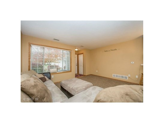 Two Story, Condo-Townhome - Des Moines, IA (photo 3)