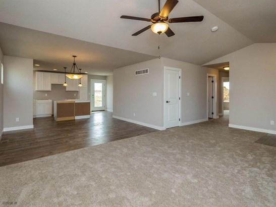 Residential, Ranch - Van Meter, IA (photo 2)