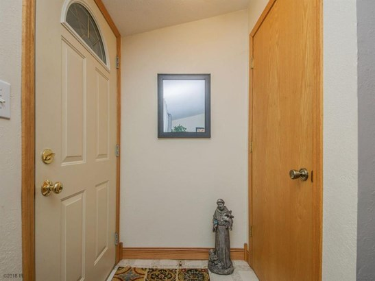 Residential, Ranch - Pleasant Hill, IA (photo 2)