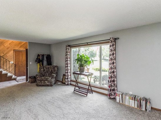 Residential, Two Story - West Des Moines, IA (photo 3)
