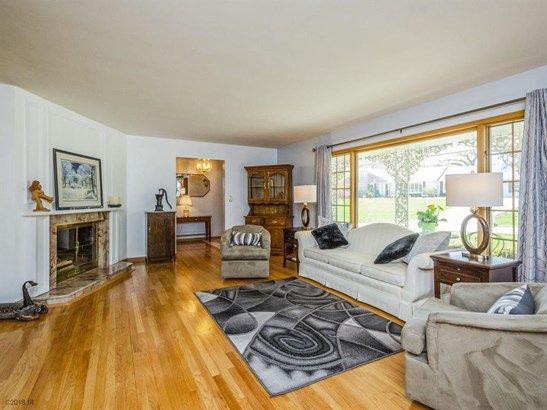 Residential, Ranch - Windsor Heights, IA (photo 5)