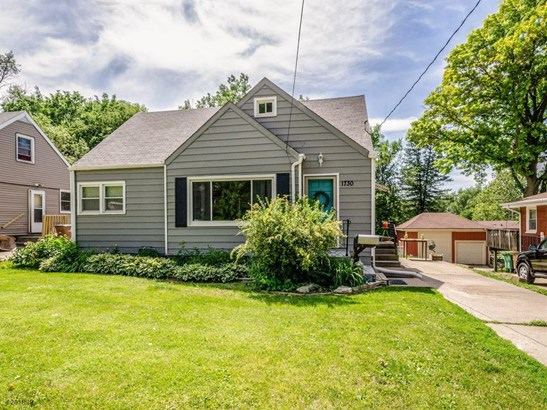 1.5 Story, Residential - Windsor Heights, IA (photo 1)