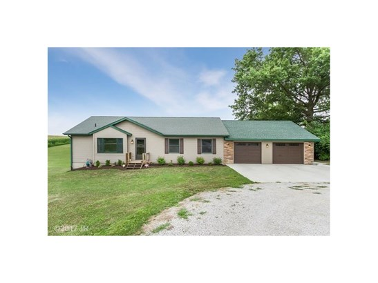 Acreages, Ranch - Knoxville, IA (photo 1)