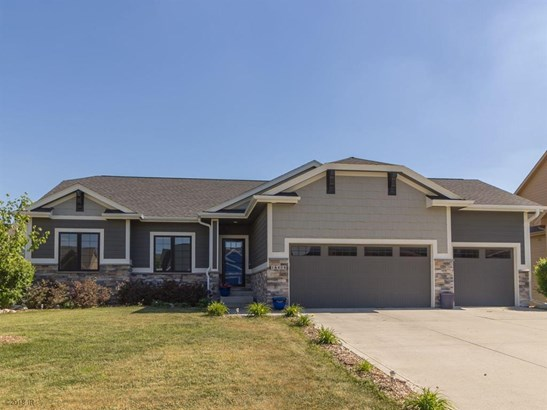 Residential, Ranch - Clive, IA (photo 1)