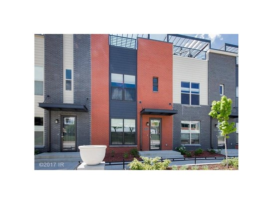 Two Story, Condo-Townhome - Des Moines, IA (photo 1)