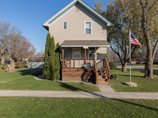 Residential, Two Story - Earlham, IA (photo 1)